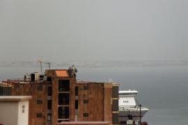 Graue Wolkensuppe und Dauerregen auf Mallorca