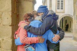 Über 800 Kilometer gemeinsam wandern, essen und schlafen hat die Pilger zusammengeschweißt.