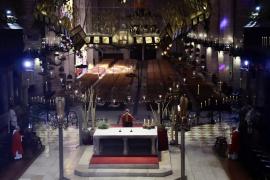 Geistergottesdienst in Mallorca-Kathedrale