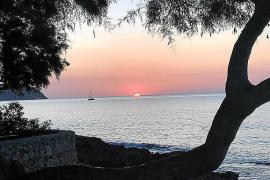 Erst strahlt die Sonne über Mallorca, dann kommt Regen
