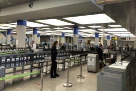 Reisebüros wollen Flugrabatt für Festlandspanier