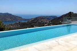 So machen Sie Ihren Pool auf Mallorca sommerfit