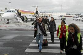 Vier EU-Länder bereiten quarantänefreie Sommerreisen vor