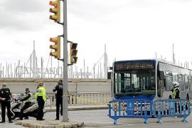 Stadtbusse als Anti-Terror-Blockade auf Palmas Paseo Marítimo