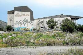 Alcúdias rätselhafte Ruine der Geister und Graffiti auf Mallorca
