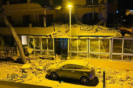 Fassade eines Wohnhauses auf Mallorca stürzt ein